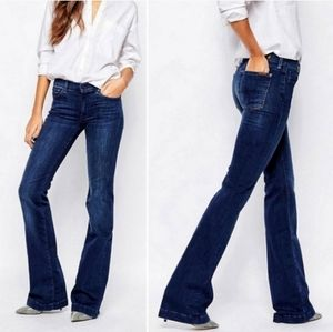 7 For All Mankind Charlize Slim Flare Jean Size 25
